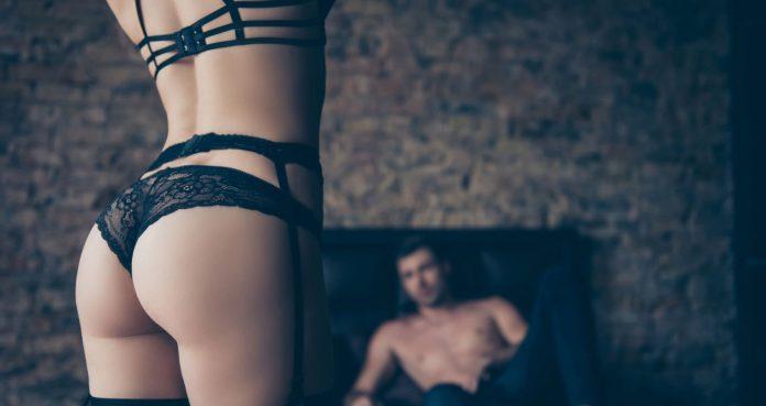 10 Dicas Para Fazer um Striptease Enlouquecedor